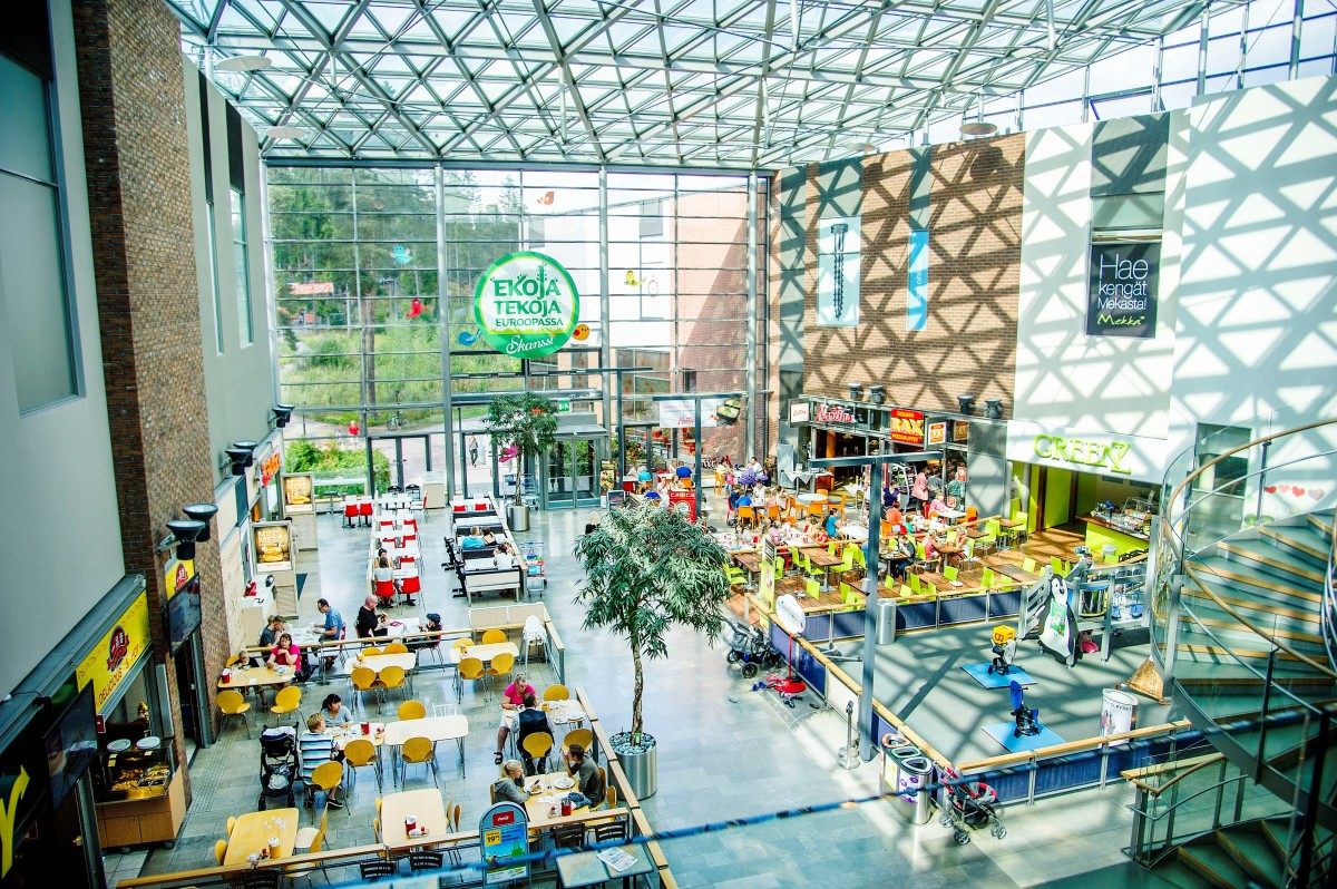An ecological shopping centre that has found its audience
